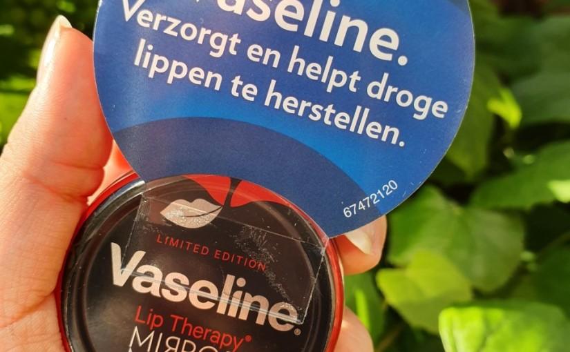 "Review | Vaseline Lip Therapy "" mirrormirror"""